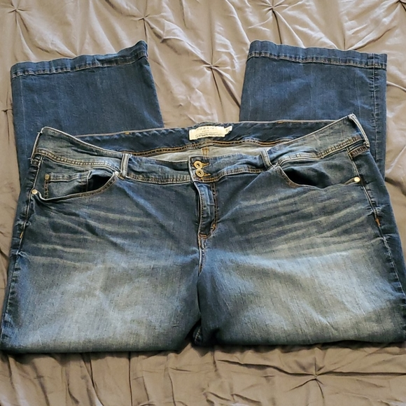 Torrid Boot Cut Stretch Denim Jeans 28w